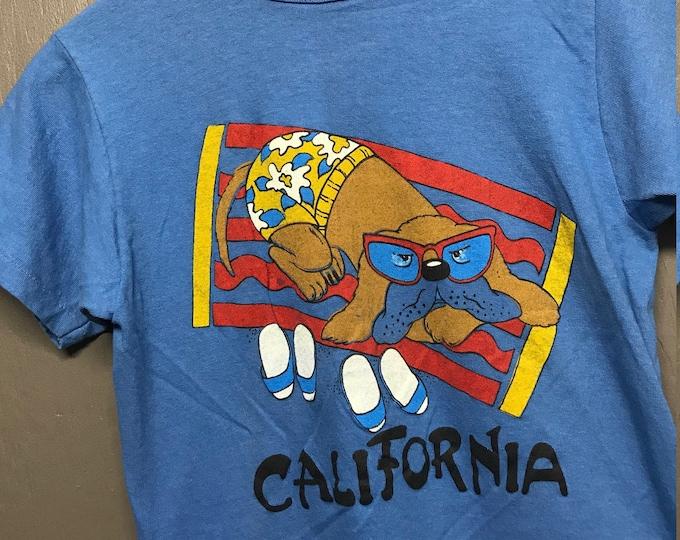 XS vtg 70s California beach dog t shirt
