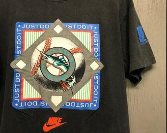 M/L vintage 90s 1991 Nike Florida Marlins t shirt * medium large
