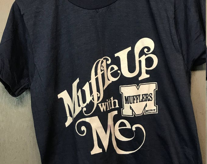 M * nos thin vintage 70s Muffle Up With Me merit mufflers t shirt * GM18