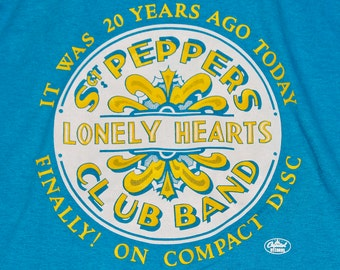 M * NOS vtg 80s 1987 The Beatles Sgt Peppers on cd promo t shirt * 84.93 lonely hearts club band