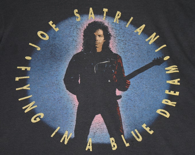 L * thin vtg 1990 Joe Satriani flying in a blue dream t shirt * 107.8