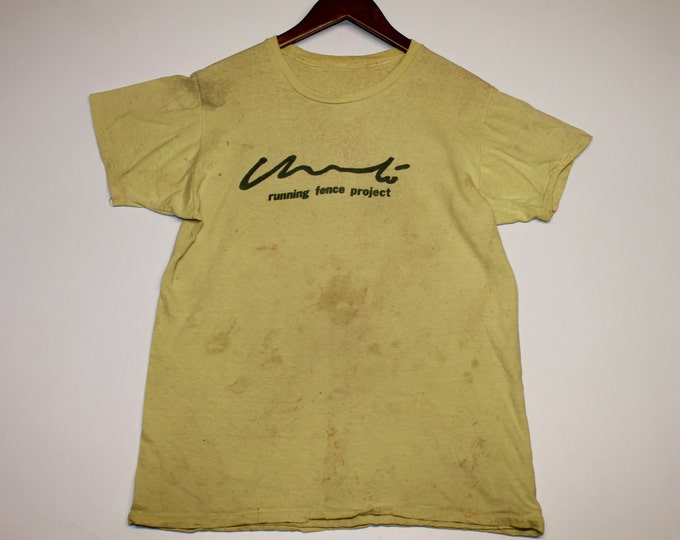 M * vtg 70s 1976 Running Fence Project california art t shirt * christo and jeanne claude * 91.50