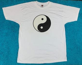 XXL/3XL * nos vtg 90s Yin Yang t shirt * 78.129