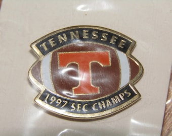 Lot of 10 vtg 90s 1997 Tennessee Vols enamel pins * pin volunteers football * V97F10 * for shirt hat jacket