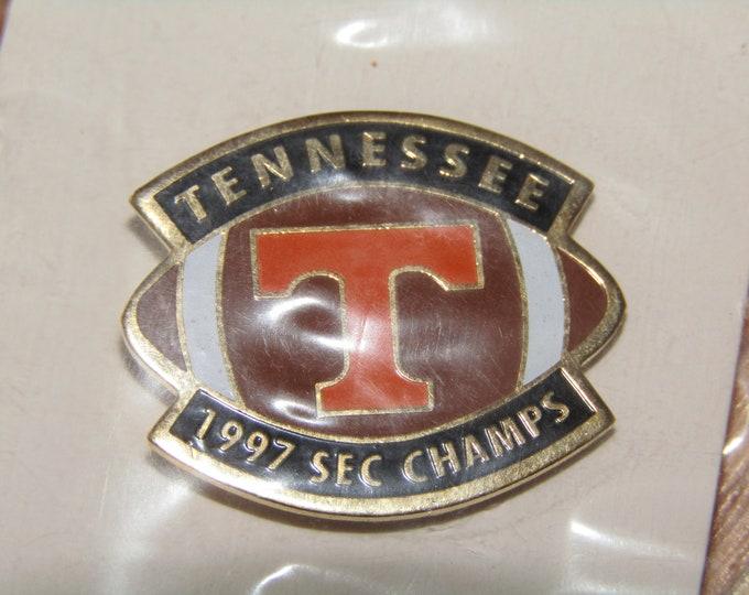 Lot of 10 vtg 90s 1997 Tennessee Vols enamel pins * pin volunteers football * V97F10 * for shirt hat jacket