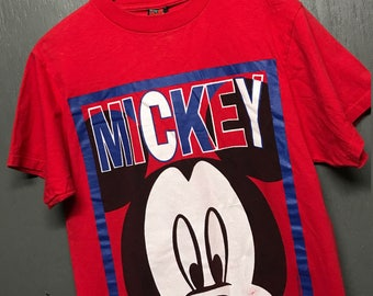 M vintage 90s Mickey Mouse t shirt