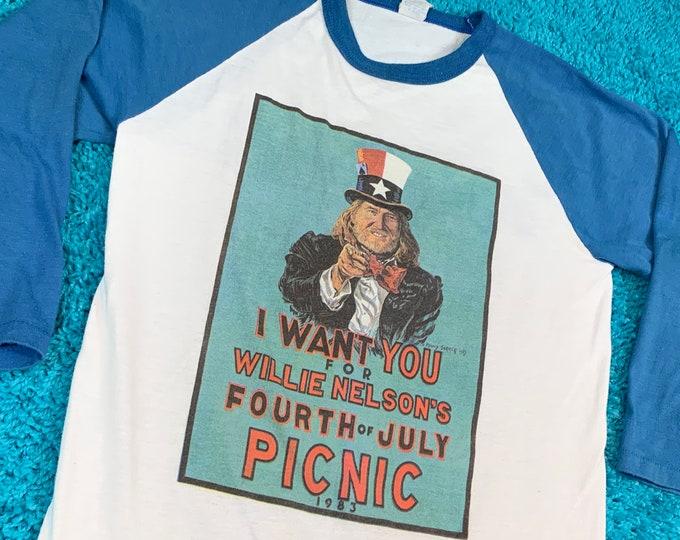 S * vtg 80s 1983 Willie Nelson picnic raglan t shirt * concert tour * 27.192