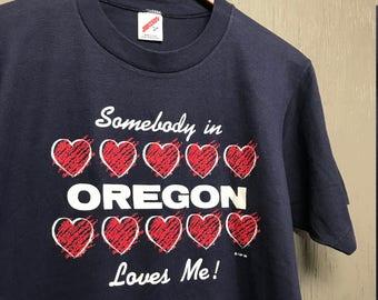 L vintage 80s 1988 Somebody in Oregon loves me t shirt