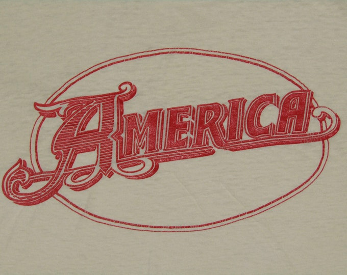 S * vtg 70s AMERICA band t shirt * folk tour * 101.37