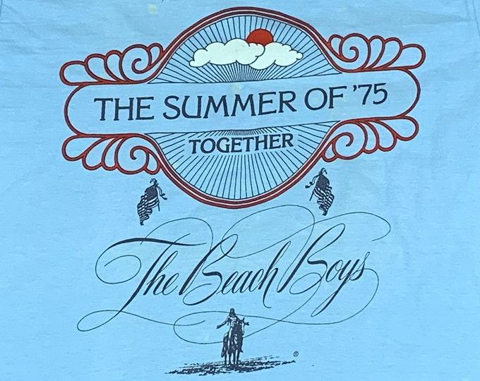 M * vtg 70s 1975 The Beach Boys / Chicago summer tour t shirt * 8.136