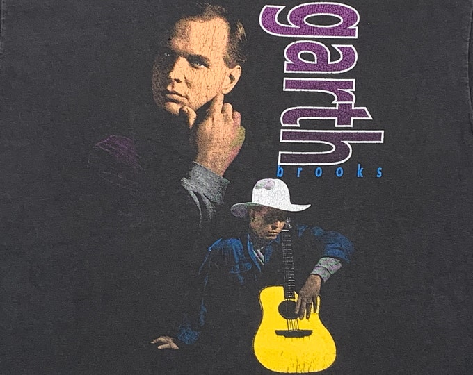 L * vtg 90s 1992 Garth Brooks t shirt * country music tour * 90.58