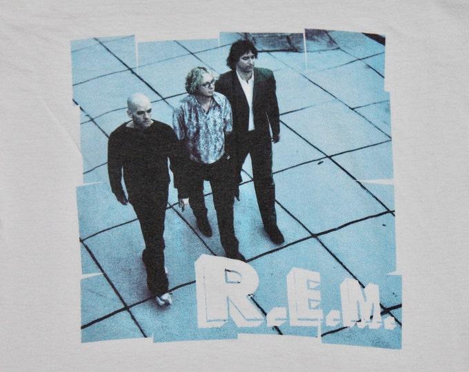 S/M * vtg 90s REM t shirt * r.e.m. small medium * 13.150