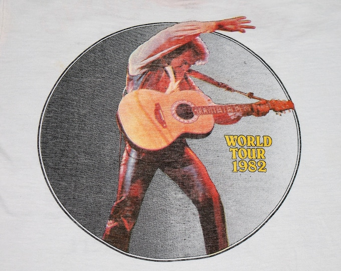 M * thin vtg 80s 1982 Neil Diamond concert tour t shirt * 19.183