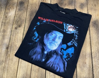 XL * vintage Willie Nelson t shirt * concert tour outlaw country music * 5.162