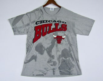 L/XL * vtg 90s all over print Chicago Bulls t shirt * 73.135