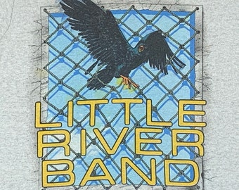 S * vtg 80s 1983 Little River Band tour t shirt * 84.102