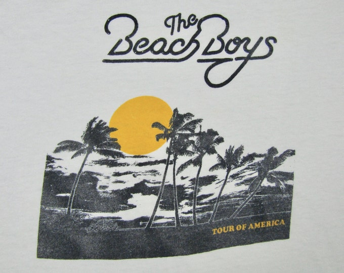 M/L * vtg 70s The Beach Boys tour t shirt * medium large * 90.56