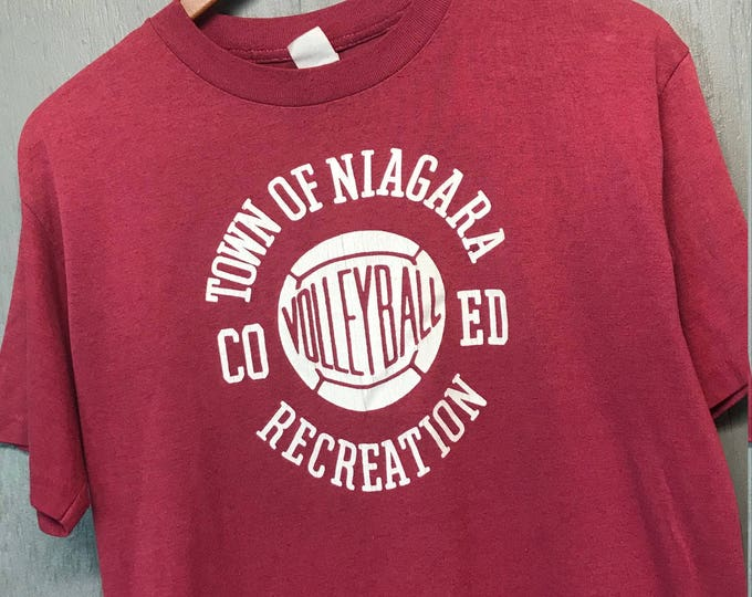 M/L vtg 70s/80s Town Of Niagra volleyball t shirt * medium large