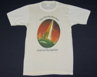 XS * NOS vtg 70s 1977 The Doobie Brothers livin on the fault line t shirt * bros * 89.76