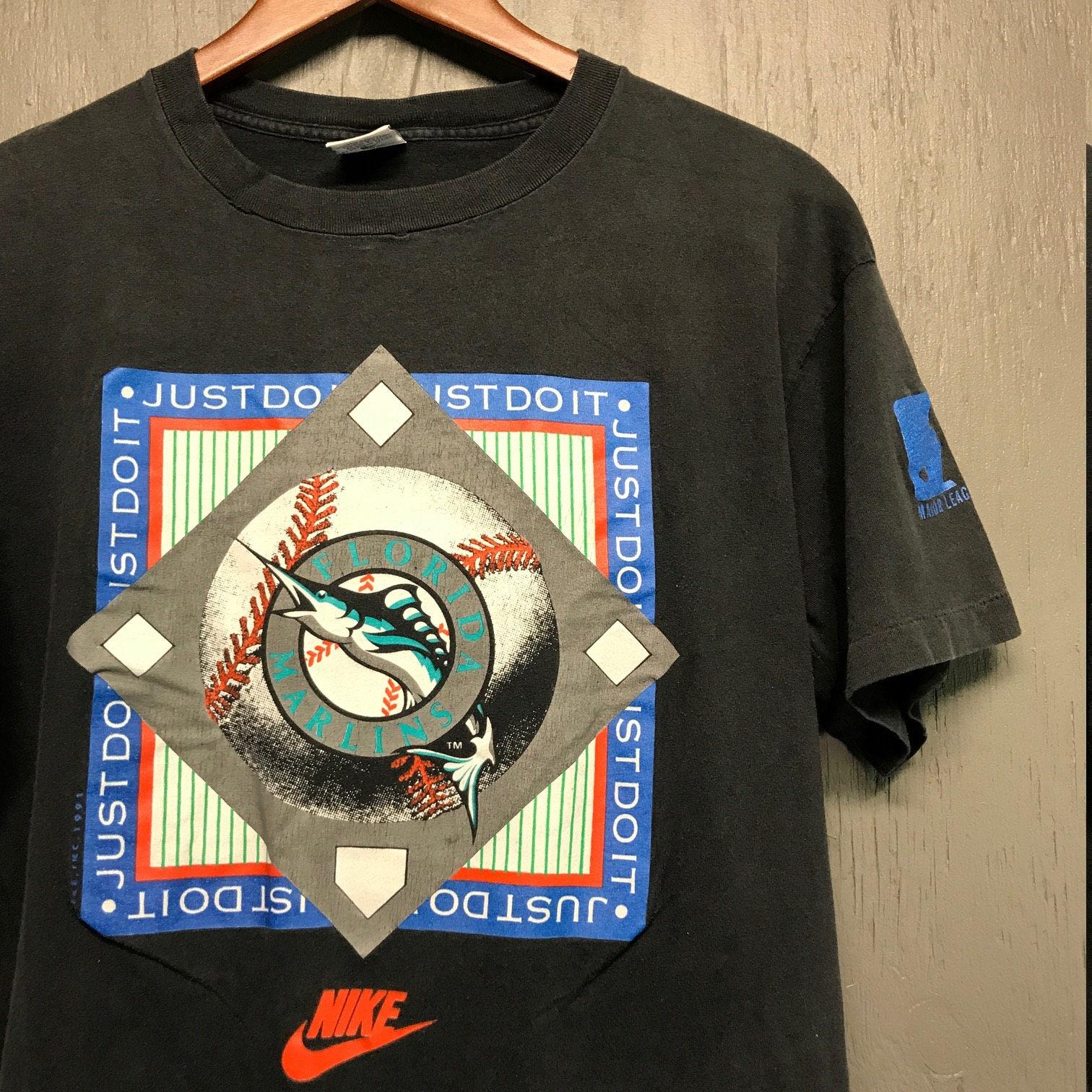 988a17fc53b M L vintage 90s 1991 Nike Florida Marlins t shirt   medium large