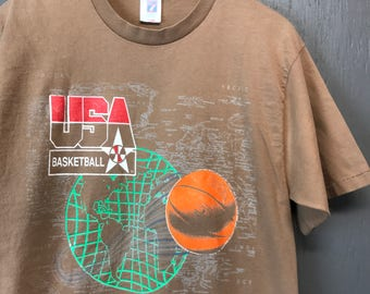 M/L * Vintage 90s bleached faded USA Basketball Olympic Dream Team t shirt