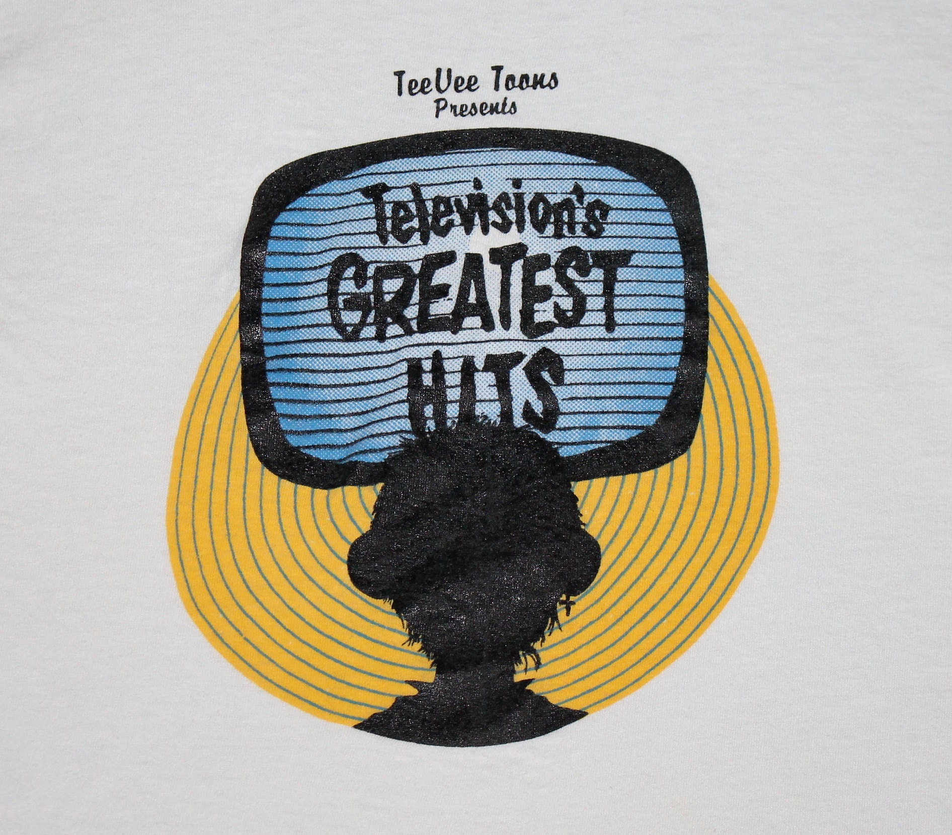 S * vtg 80s 1985 TeeVee Toons televisions greatest hits comp
