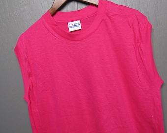 L * NOS vtg 80s Blank Hanes muscle t shirt * Fuchsia * 38.166 pink