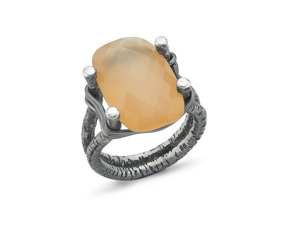 Silver Chalcedony Ring , Wire Ring, Chalcedony Ring , Statement Ring , Natural Chalcedony Ring , Unique Ring, Oxidized Ring, Gift For Her