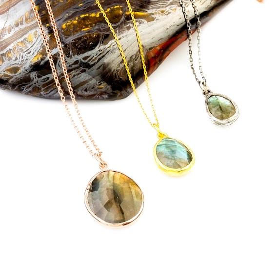Silver Flat Labradorite Pendant, Labradorite Necklace, Minimalist Necklace,Simple Pendant,Rose gold Necklace, Gift For Her