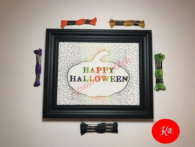 Happy Halloween Cross Stitch Kit / Happy Halloween Pumpkin / image 0