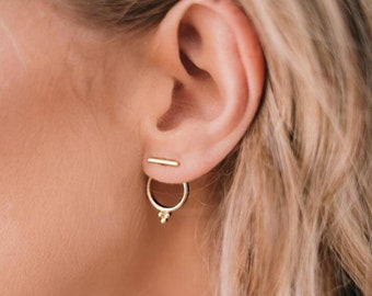FAITH   Elegante goldfarbene Minimal Hipster Office Business Ohrringe  Ohrstecker   Trendy golden Indie Boho Gypsy circle earrings with stick 197d09fc76