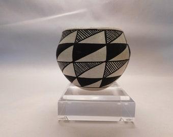 Jessie Garcia Acoma Pueblo Geometric Vase