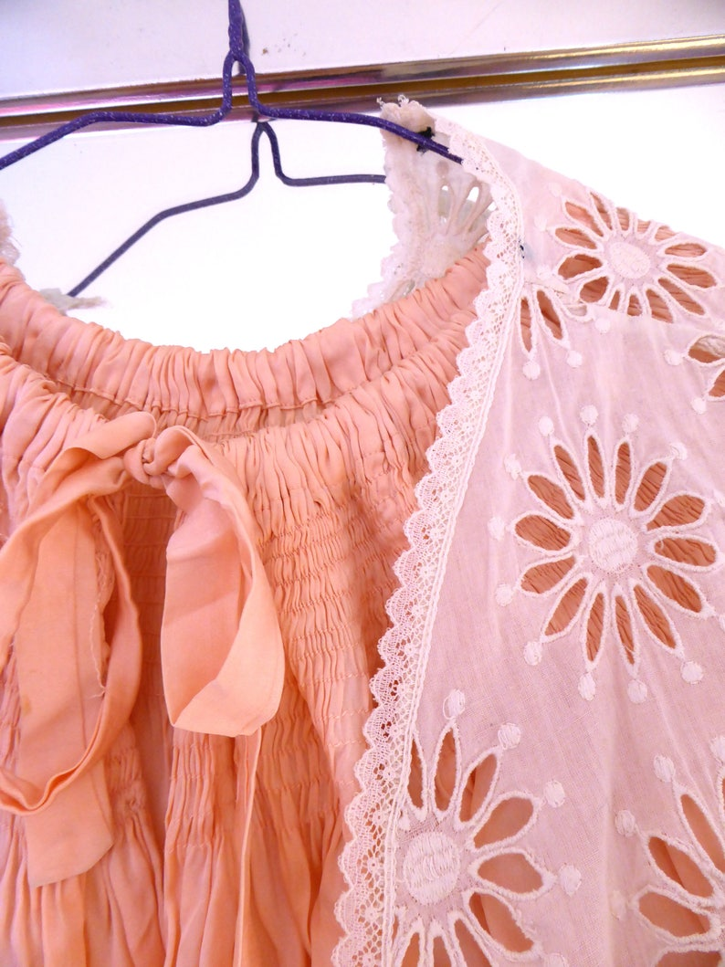 Cream Lace Top Size XS Lace Top Vintage Bolero Top Vintage Lace Pretty Top Feminine Top Vintage Needlework Pretty Summer Waistcoat