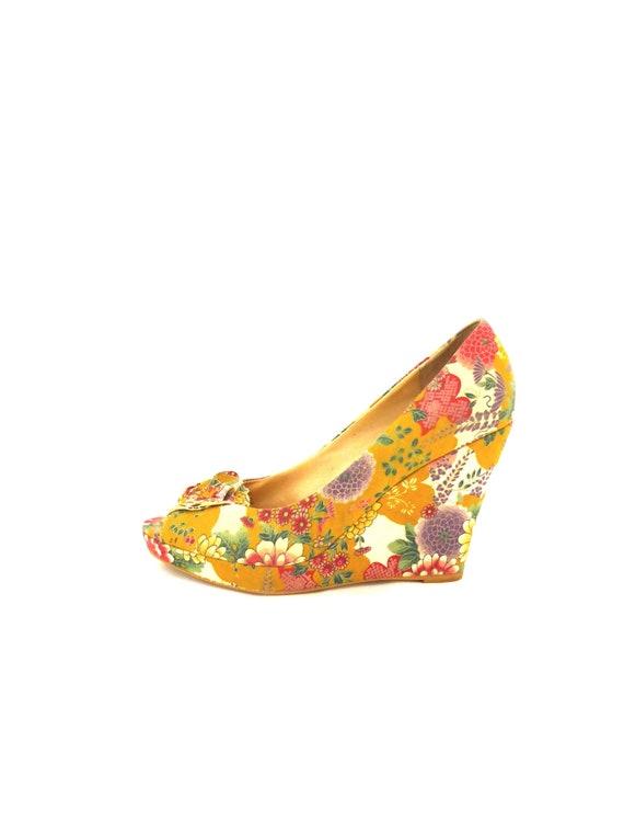 Vintage Kimono, Floral Wedge Heel, Peep Toe Wedge, Shoe Size 41, 70s Wedge Heel, Vintage Wedge, US Size 9.5, Kimono Shoe, Vintage Platform