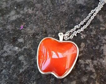 Fairytale apple pendant in red