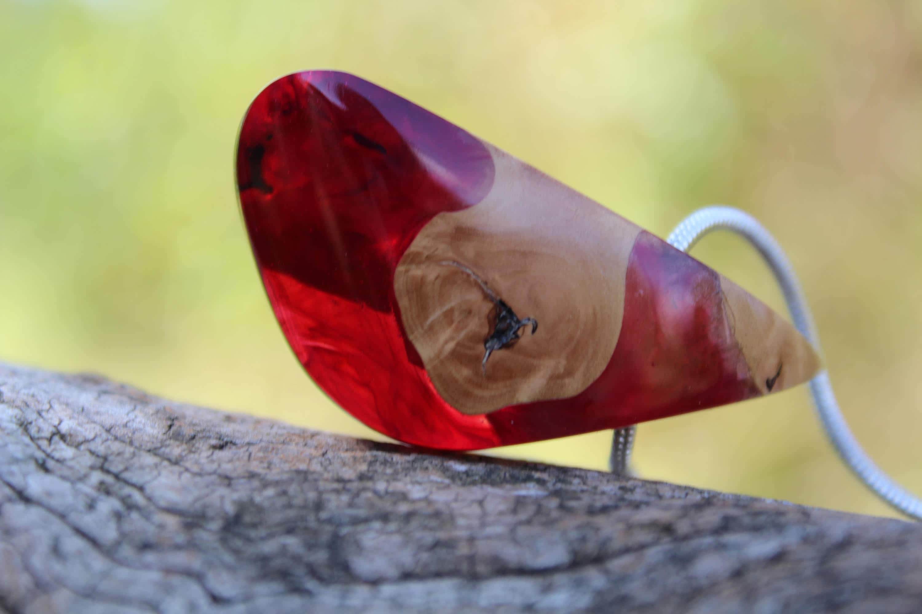 Statement Jewelry Wooden pendant Red Resin Necklace Wooden gift Resin Wood Wood Jewelry Gift Necklace Boho Chic Wood resin pendant