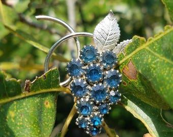 Vintage Crystal Glass Rhinestone Blue Grape Brooch Pin