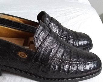 7b1425adcc5 True Vintage 1970 s Iconic Black Gucci Mens Caiman Crocodile Penny Loafers  Size US 8  EU 41.5 Excellent Condition