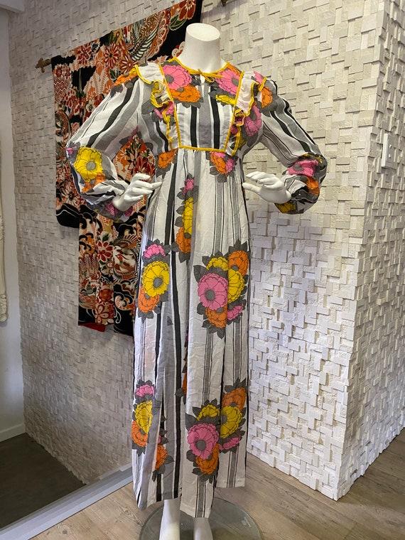 Vintage seventies hippie boho maxi dress