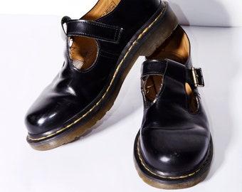 a4f94dbdd08 Chaussures en cuir Dr. Martens Polley noir femmes