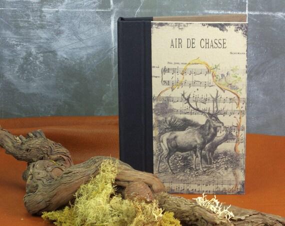 """Carnet de chasse Personnalisé """"LE CERF """""""