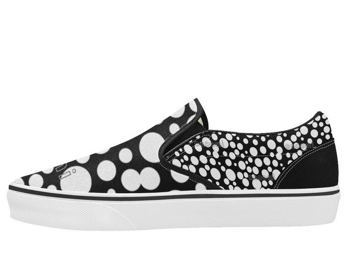 IMOANA polka dots slip-on shoes.