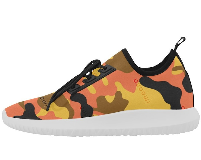 IMOANA camouflage ultralight sneakers.