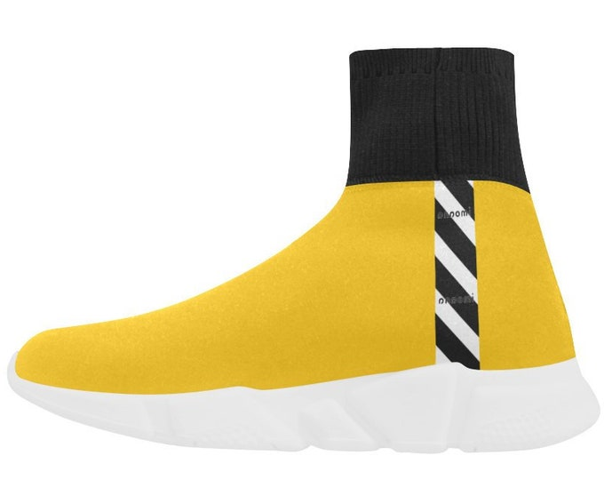Sport shoes in yellow stripe stocking style IMOANA.