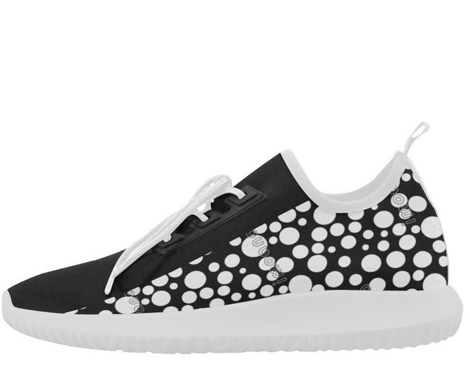 Black and white polka dots ultra-light sneakers by IMOANA.