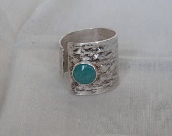 Ring recycled silver adjustable sizes 7-9 chrysophrase cabochon