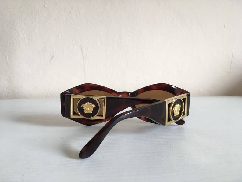 d79fc40bff8a4 Sale GIANNI VERSACE sunglasses Mod 422 B Col. 900 Made in