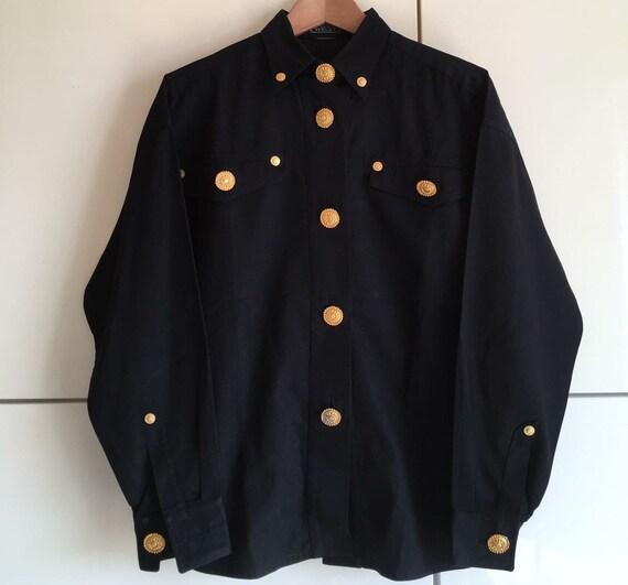 l'ultimo b6ed8 64040 • Vendita camicia GIANNI VERSACE vintage pezzo di Gianni Versace couture  camicia camicia nera estremamente rara con oro placcato pulsanti di medusa