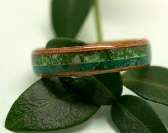 Paldao Bentwood Ring with Mother of Pearl and Malachite Inlay