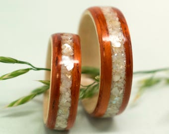 Padauk and Maple Hybrid Bentwood/Hardwood Ring with Mother of Pearl